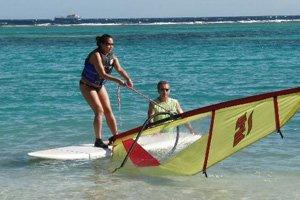 alaçatı windsurf okulları